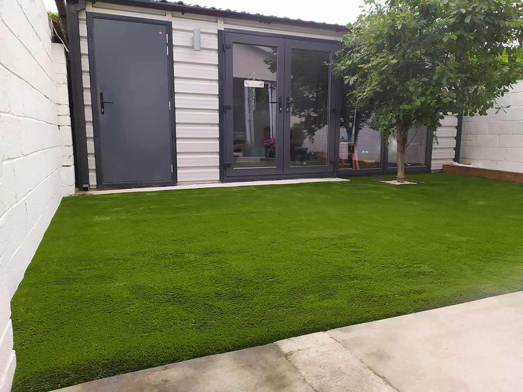 Artificial grass installers Co Cork gardens