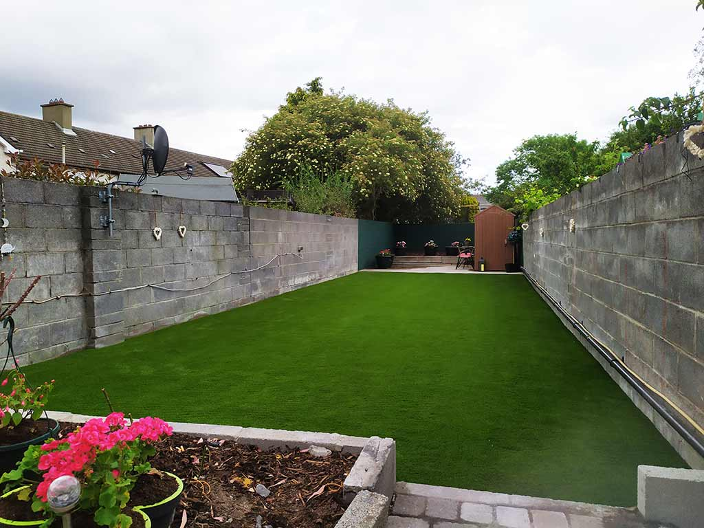 Neat & Tidy Artificial Grass garden Cork