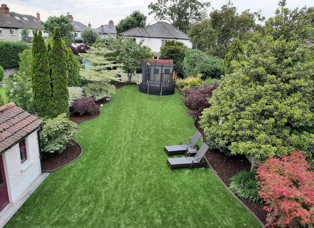 Artificial Grass Back Garden with Composite Edging
